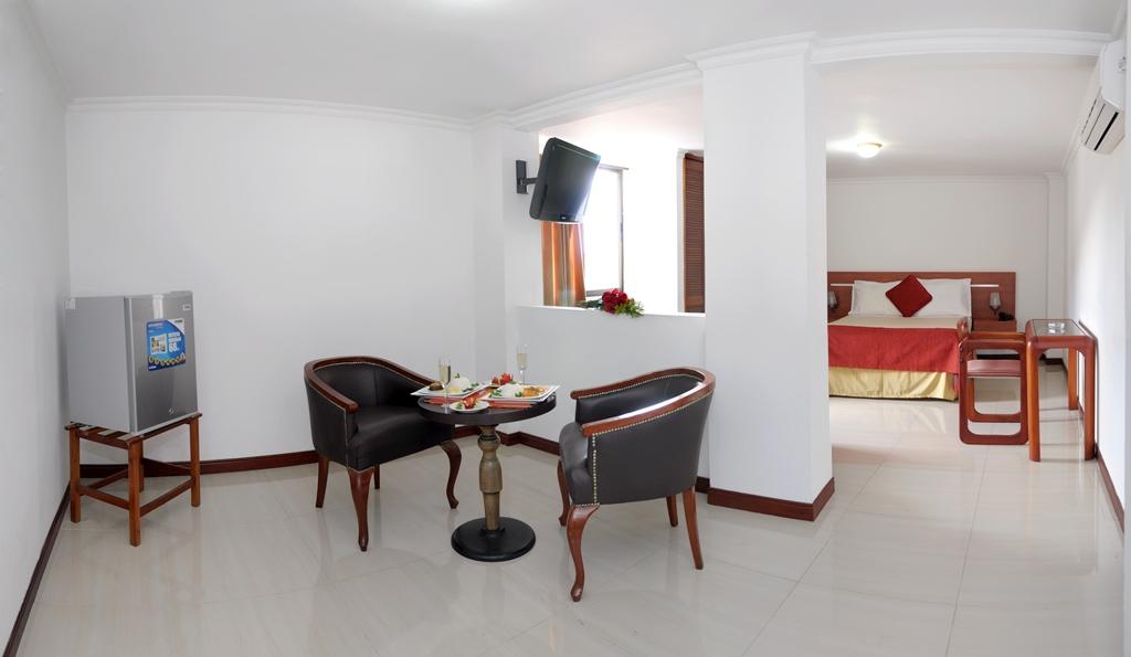 Hotel Imperial Cali Junior Suite
