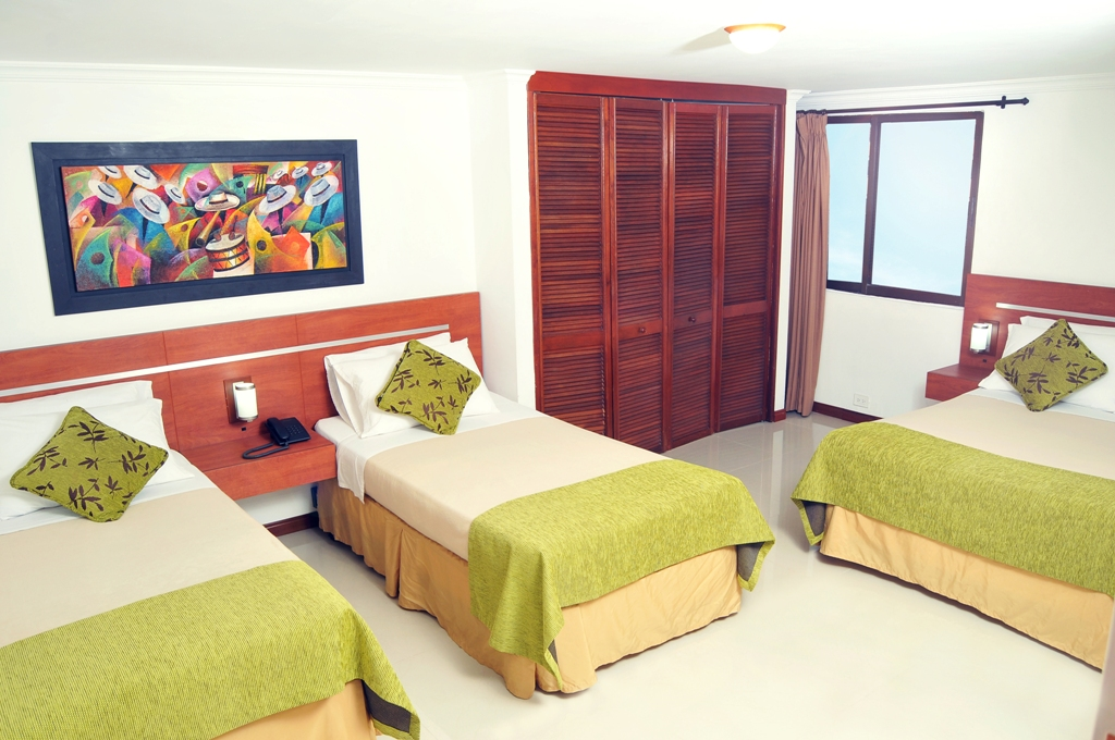 Hotel Imperial Cali Habitación Triple o familiar Deluxe