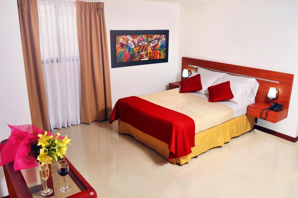 Hotel Imperial Cali Habitación Doble DELUXE